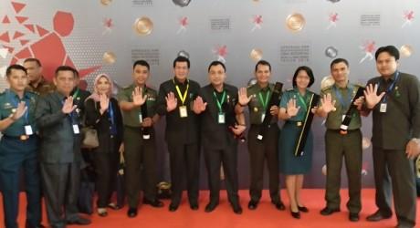 Penganugerahan untuk Dilmil II-08 Jakarta dari Kemenpan RB karena berhasil mencapai WBK (4)